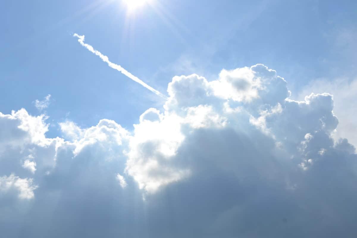 สูง เมฆ เมฆ แสงแดด ความ ชื้น,, ตามฤดูกาล อากาศ เครื่องบิน ธรรมชาติ ท้องฟ้า