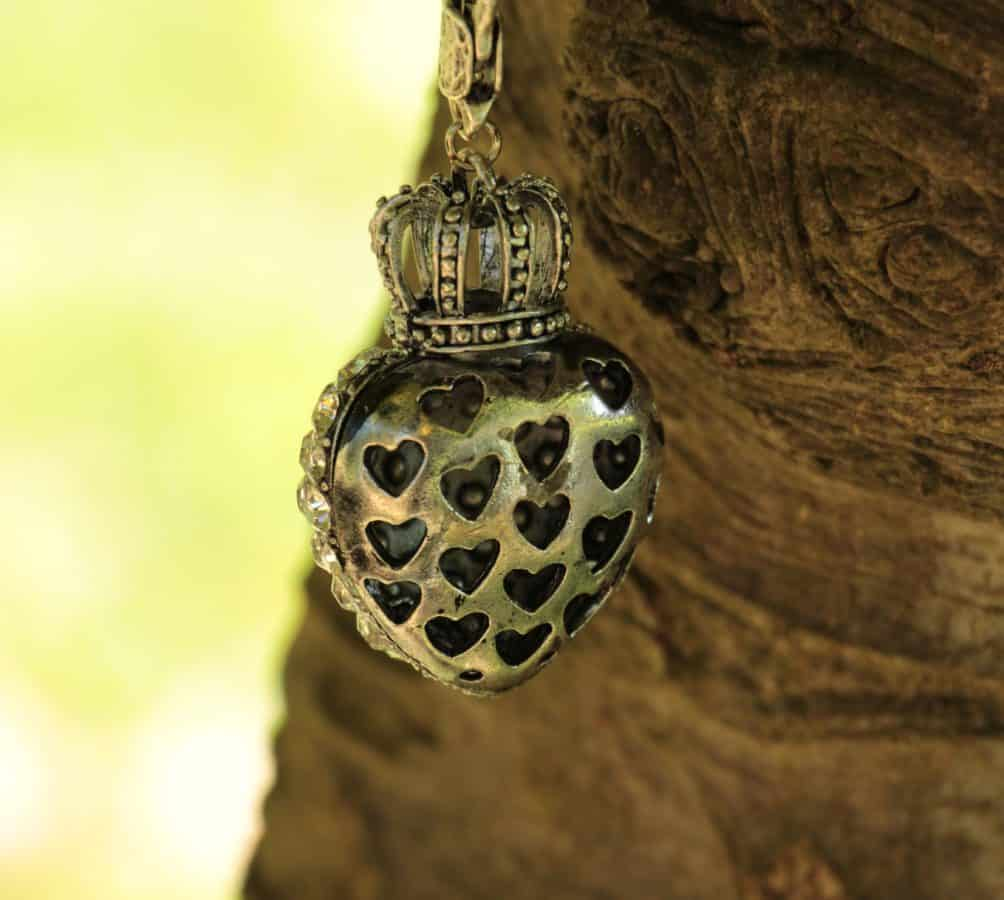 tree, metal, silver, heart, crown, jewel, nature