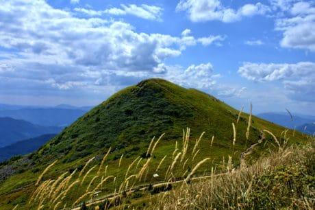 trên đỉnh đồi, đám mây, núi, bầu trời, cỏ, phong cảnh, thiên nhiên, knoll, Hồ