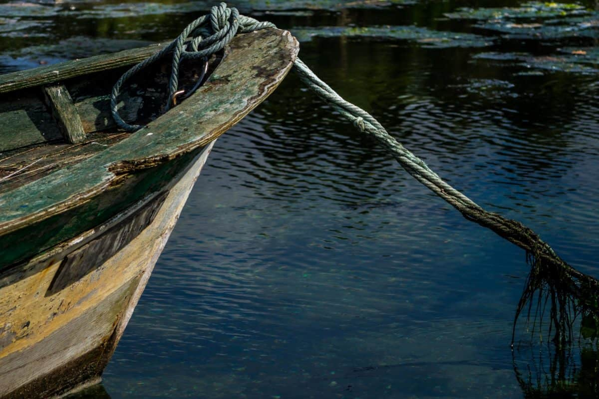 lake, boat, watercraft, rope, sea, water, ocean, river, reflection