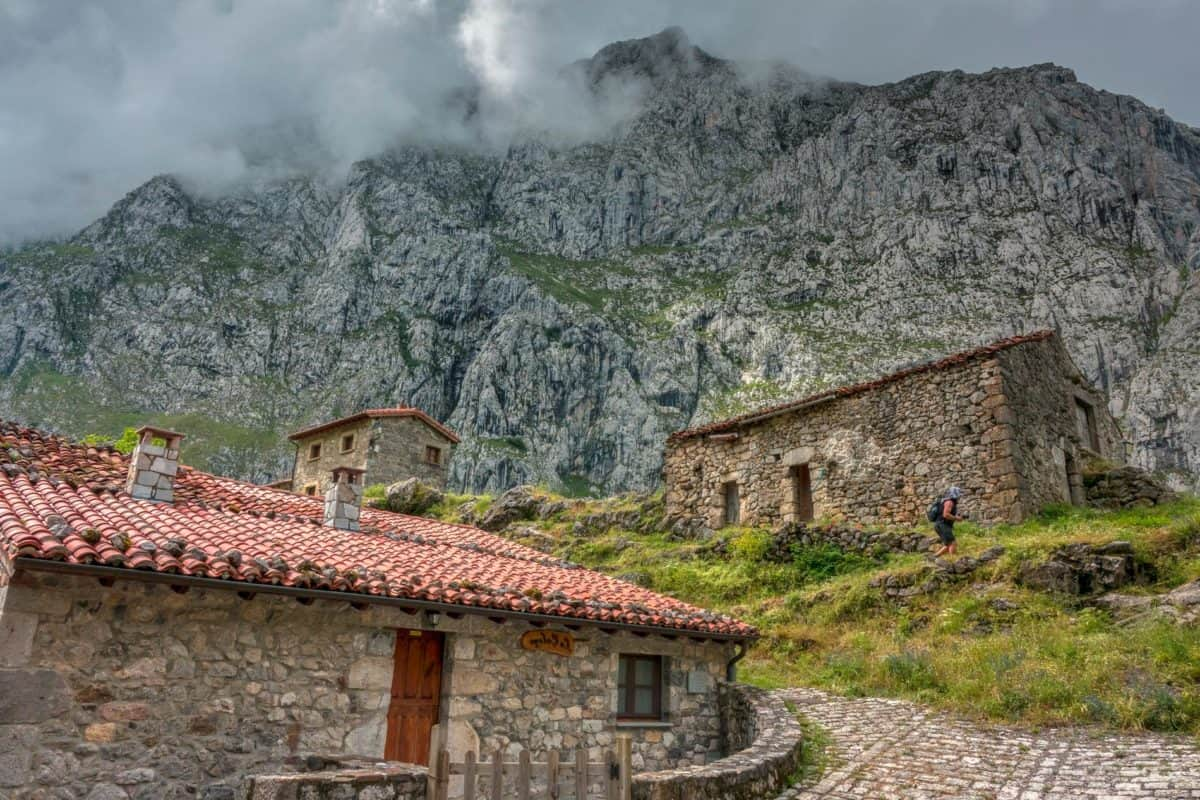 countryside, exterior, facade, stone wall, mountain, architecture, hill, house, landscape, nature, roof