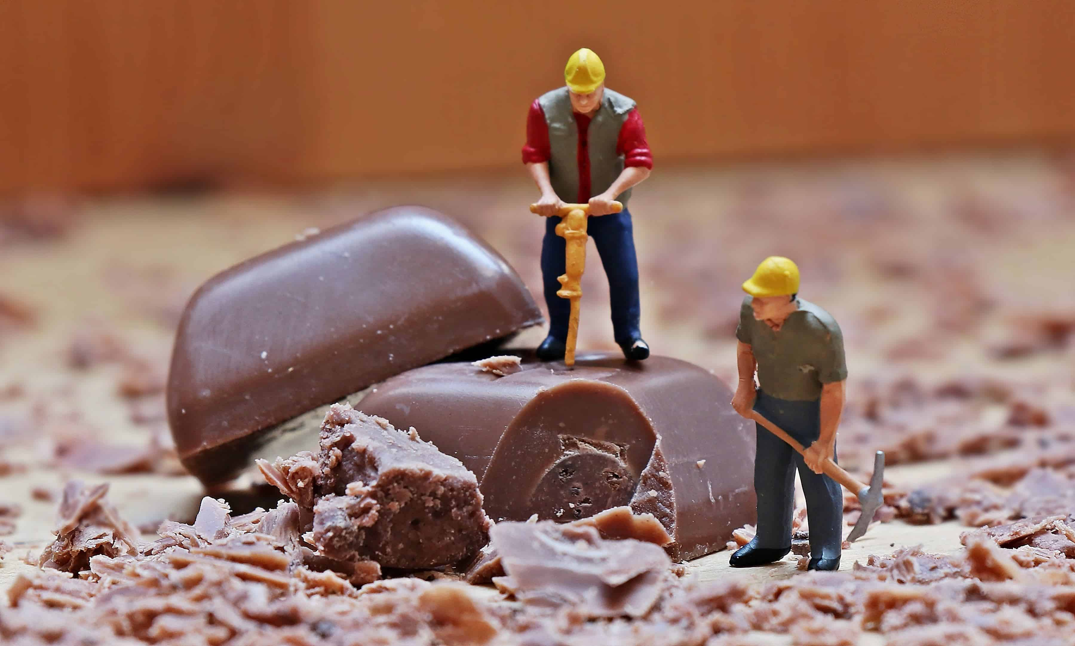 Free Picture Chocolate Indoor Toy Decoration Worker
