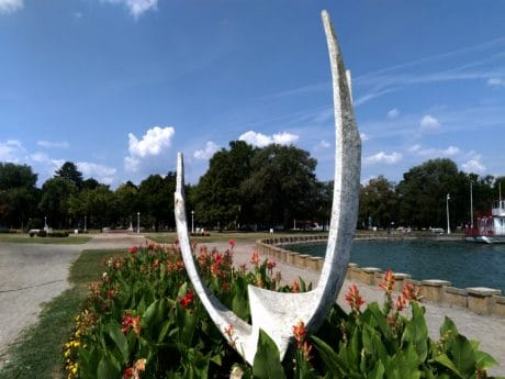 sculpture, marble, Palic lake, Serbia, flower, summer, nature, blue sky, outdoor, tree