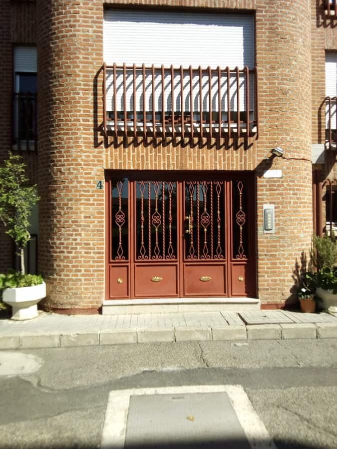đường phố, đường, ngoại thất, lối vào, cửa trước, cửa sổ, kiến trúc