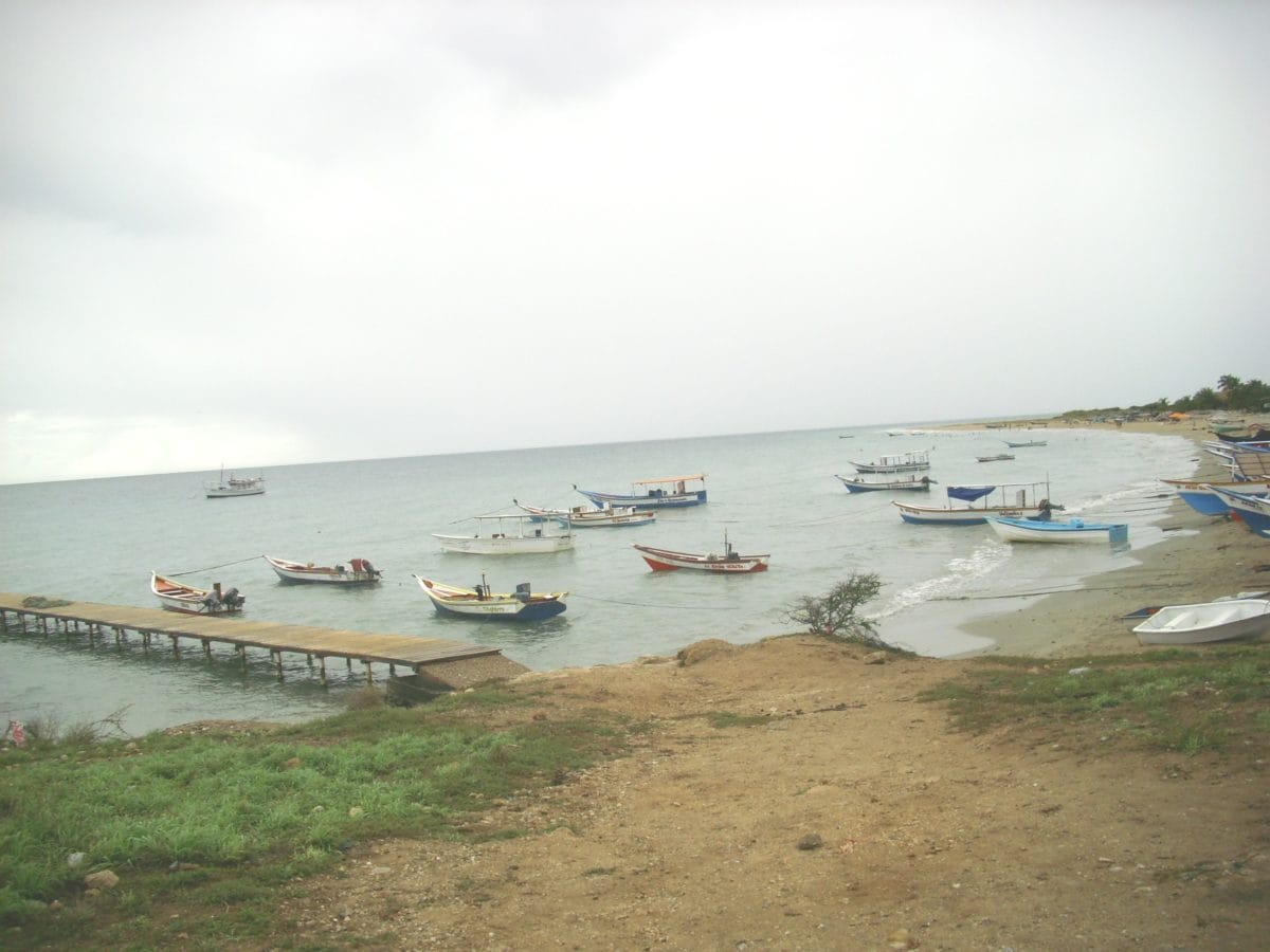 båd, strand, Ocean, havet, sand, vand, kyst, land, ø, himmel, båd, landskab, sommer, kystlinje