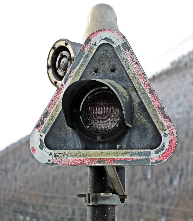 merkki, valo, liikenteen ohjaus, päivän valo, esine, varoitus, metalli, rautatie