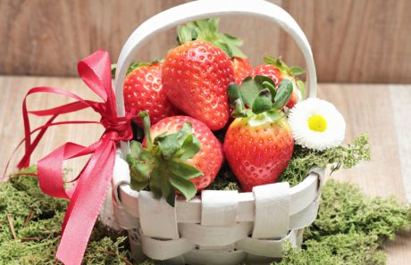 strawberry, flower, basket, moss, decoration, fruit, food