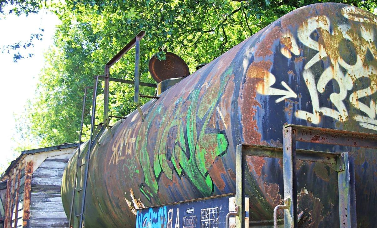 reservoir, graffiti, tree, outdoor, corrosion, metal