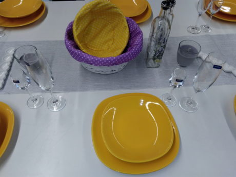 tableware, table, cutlery, fork, glass, jar, flatware, cup, indoor