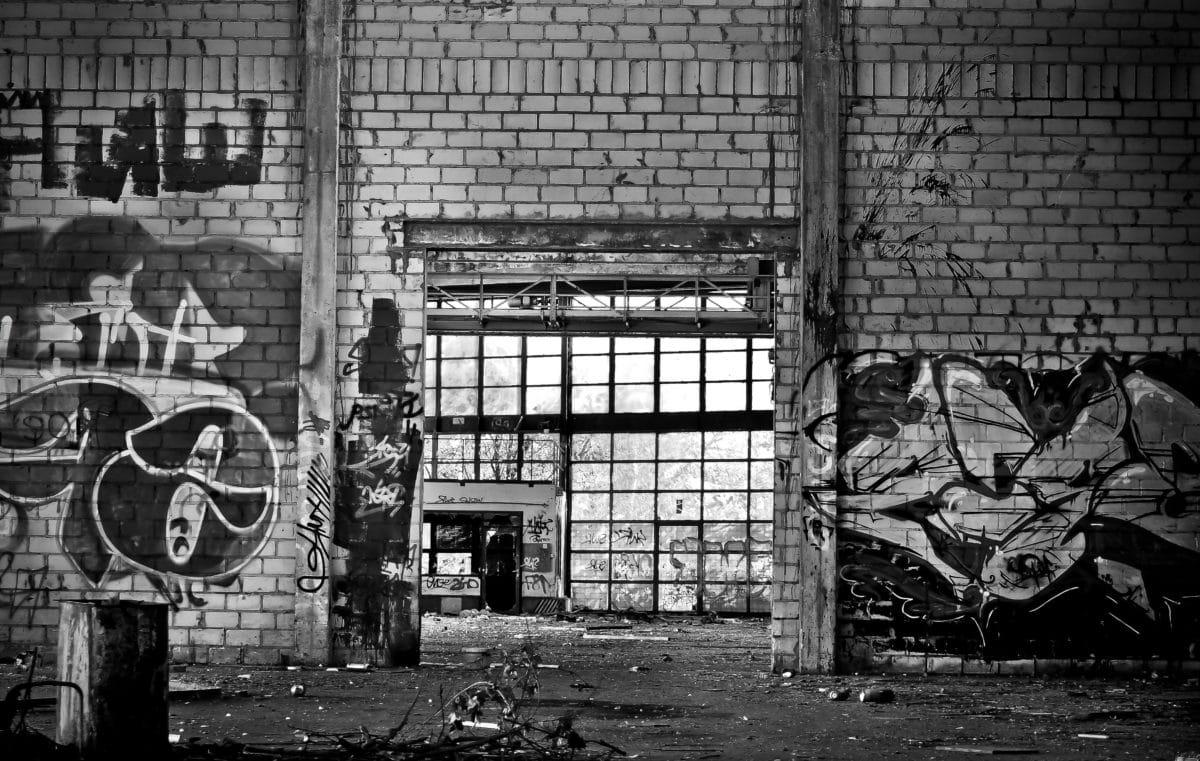 εργοστάσιο, γκράφιτι, τοίχος, μονόχρωμη, αρχιτεκτονική, πόλη, Urban