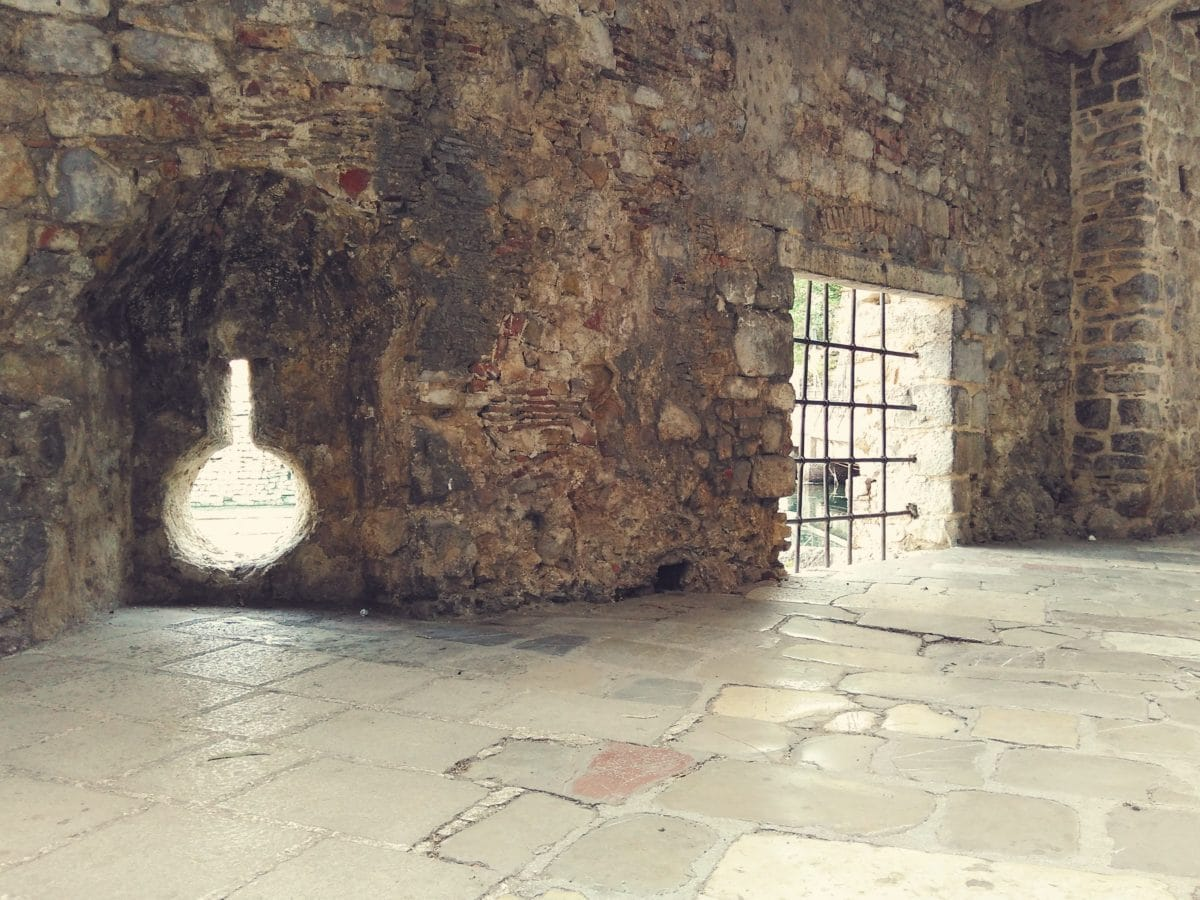 architecture, wall, old, brick, stone, shadow, marble, floor, interior, castle