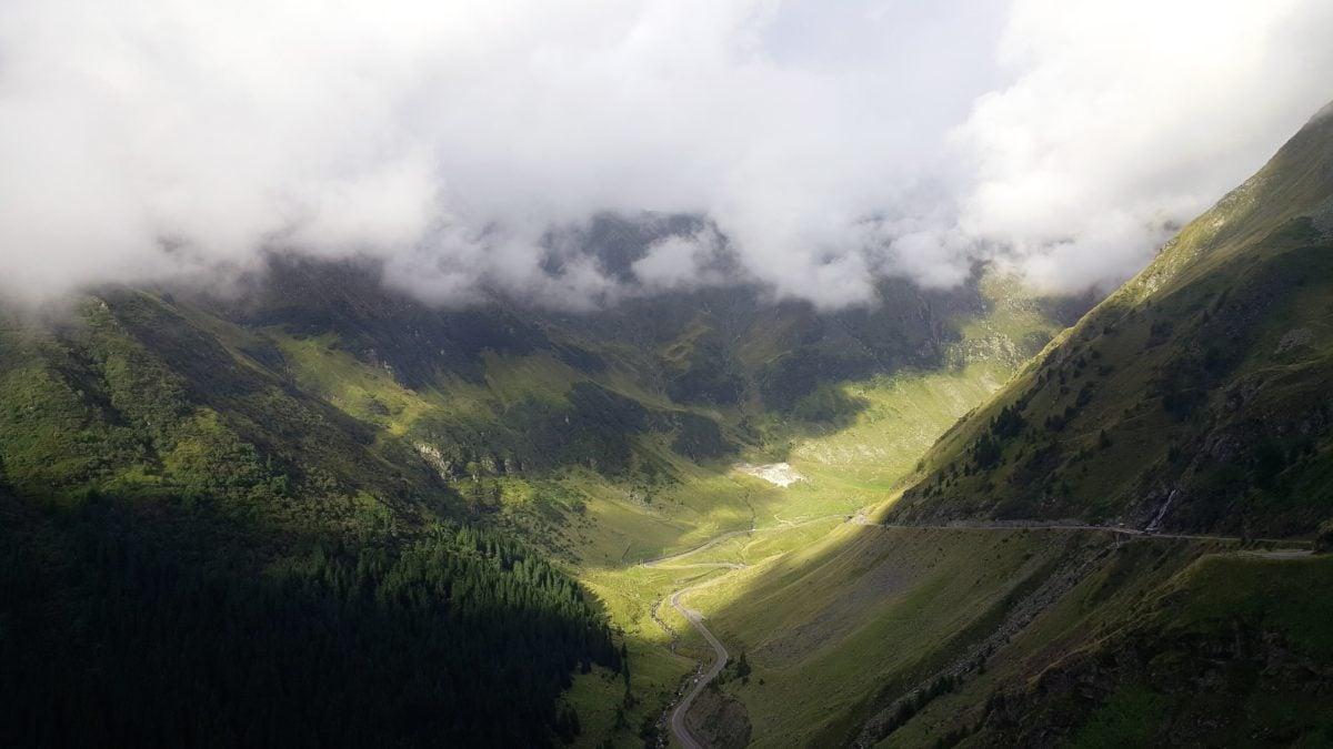 ομίχλη, ουρανός, λόφος, φύση, τοπίο, βουνό, σκιά, ομίχλη, κοιλάδα