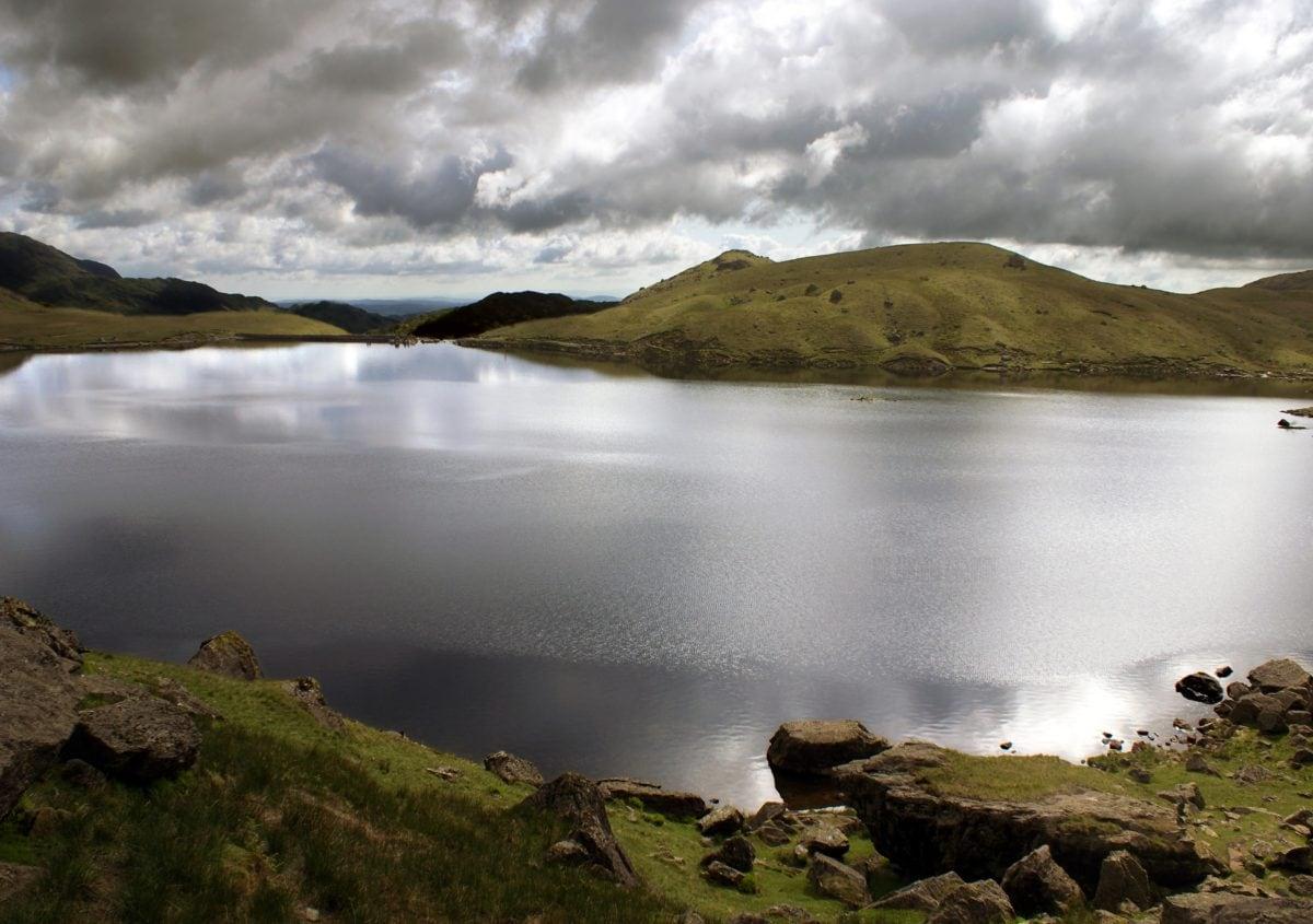 water, mountain, lake, landscape, dam, sky, basin, outdoor, valley, cloud