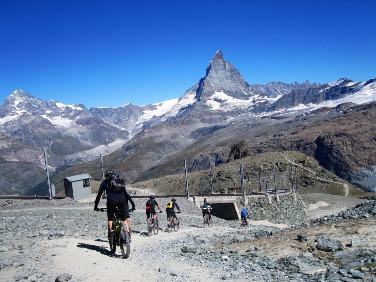 ciclismo de montaña, aventura, deporte extremo, nieve, paisaje, invierno, glaciar, gente