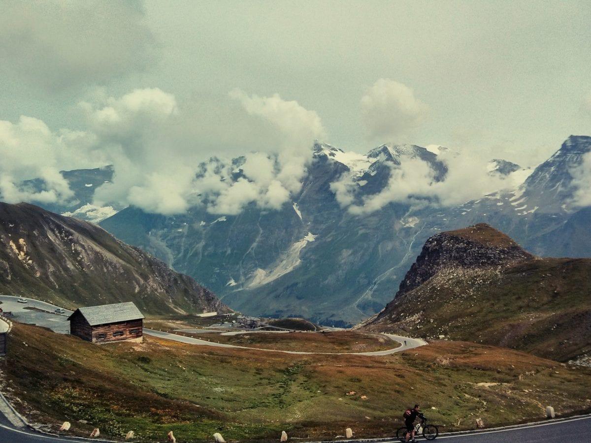 Horský vrchol, sníh, údolí, horská chata, krajina, obloha, venkovní, příroda
