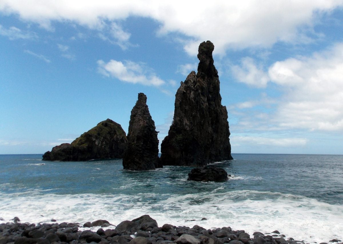 island, seashore, beach, water, ocean, sea, coast, landscape, cliff, blue sky