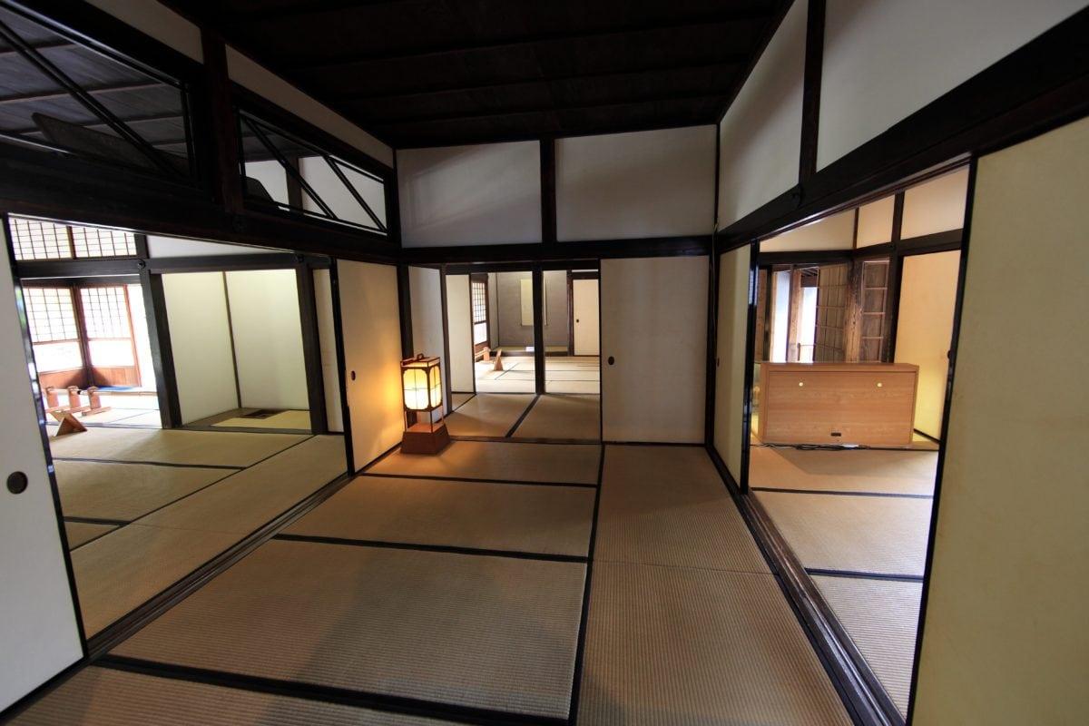 Foto gratis camera finestra interno porta pavimento for Arredamento casa gratis