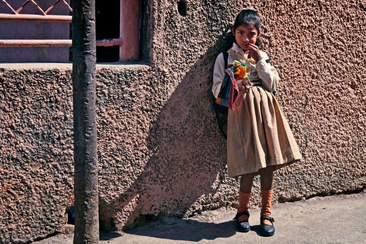 хора, дете, земята, на открито, момиче, стена, къща