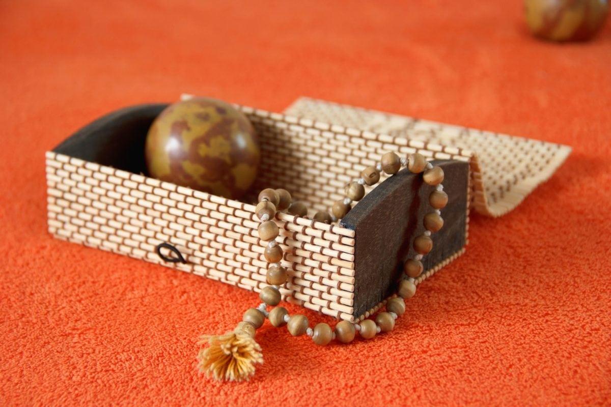 bead, jewelry, box, object, brown, decoration