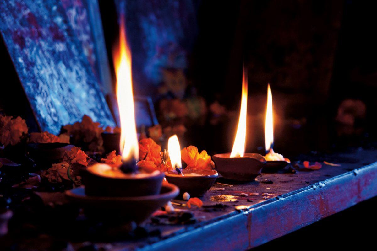 burn, heat, candlelight, wax, fire, darkness, shadow
