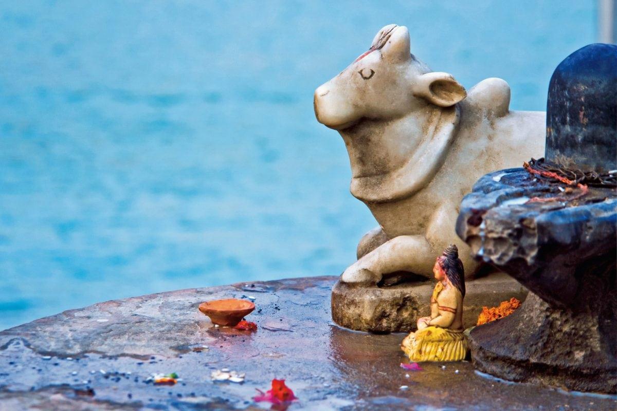 water, sculpture, figure, religion, cow, art