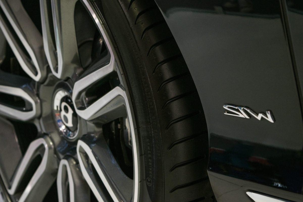 vehicle, drive, aluminum, metal, metallic, garage, automotive, tire, wheel, race, car