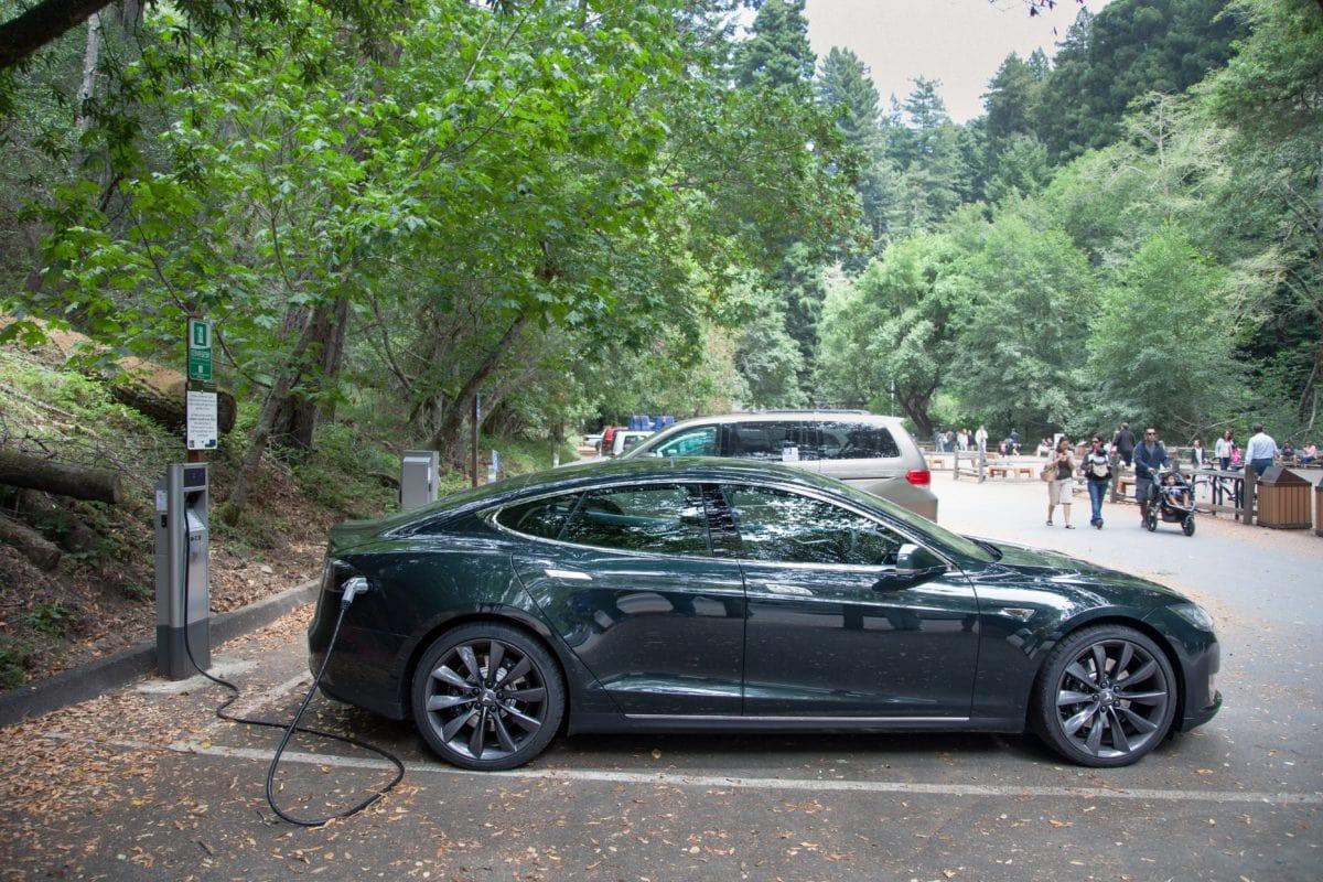 véhicule, voiture électrique, coupé, automatique, automobile noire, transport, vitesse