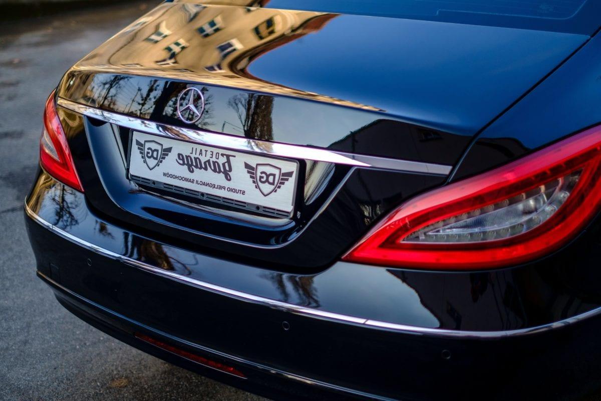 automotive, drive, luxury, vehicle, sedan, car, race, classic, fast, spoiler