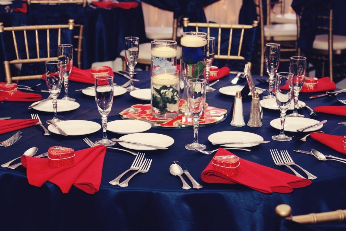 rođendan, proslava, pribor za jelo, posuđe, stol, posuđe, stolica, čaša, čaša, zatvoreni