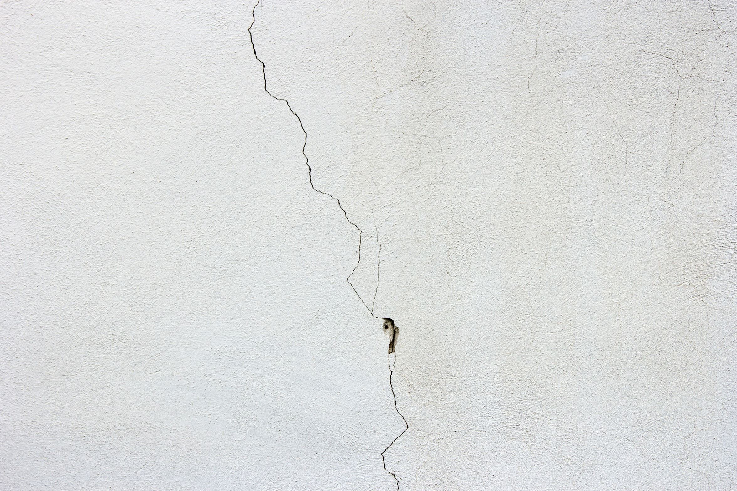 Free Picture Concrete Texture Wall Crack White Wall