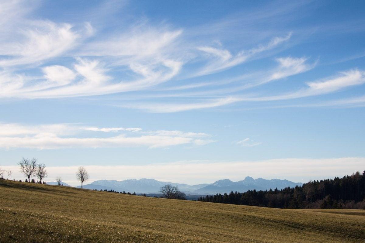 Селско стопанство, небе, пейзаж, хълм, поле, поляна, облак, трева