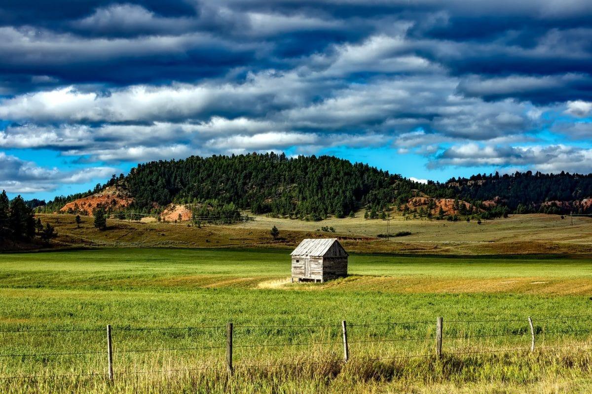 εξοχή, σπίτι σιταποθήκων, φύση, χλόη, σκοτεινό σύννεφο, τοπίο, τομέας, γεωργία
