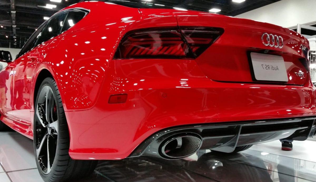 Schnelles Auto, Rad, Antrieb, Klassiker, Fahrzeug, Automobil, rotes Auto, Chrom
