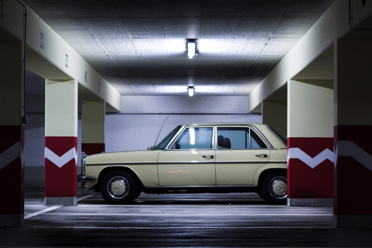 Garage, Fahrzeug, Reifen, Transport, Transport, Automobil