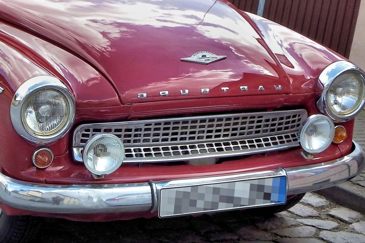 car show, bumper, vehicle, drive, classic car, headlight, chrome