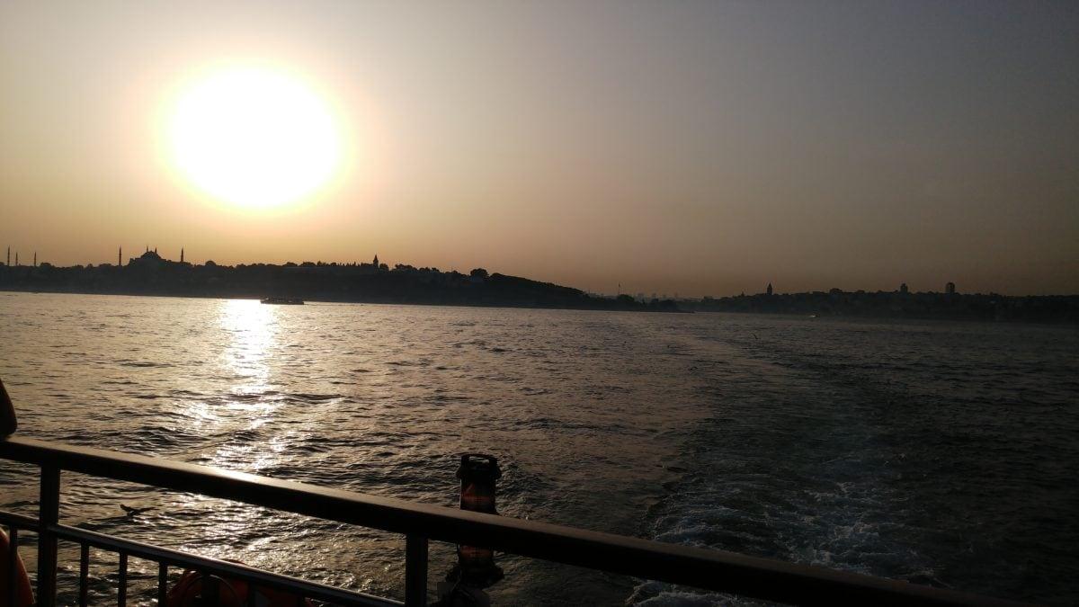 dusk, dawn, landscape, lake, ocean, water, sea, shadow, island, sunset