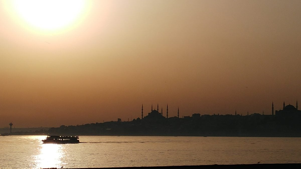 water, landscape, lake, silhouette, dawn, river, sea, dusk, sunset, sun