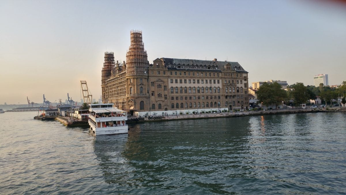 denní světlo, město, vodní skútry, Istanbul, voda, turistická atrakce, architektura, nábřeží