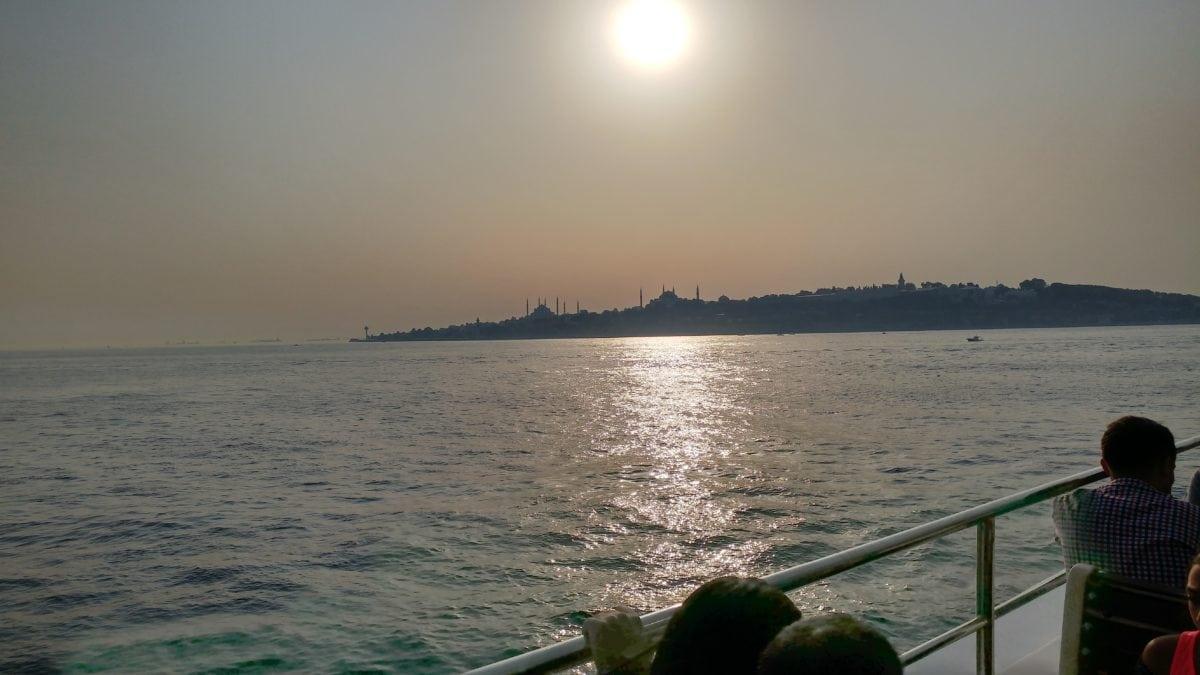 dawn, water, sunset, waterfront, ocean, sea, sky, outdoor, shadow, people