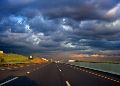 asphalte, ciel sombre, rue, autoroute, route, autoroute, paysage