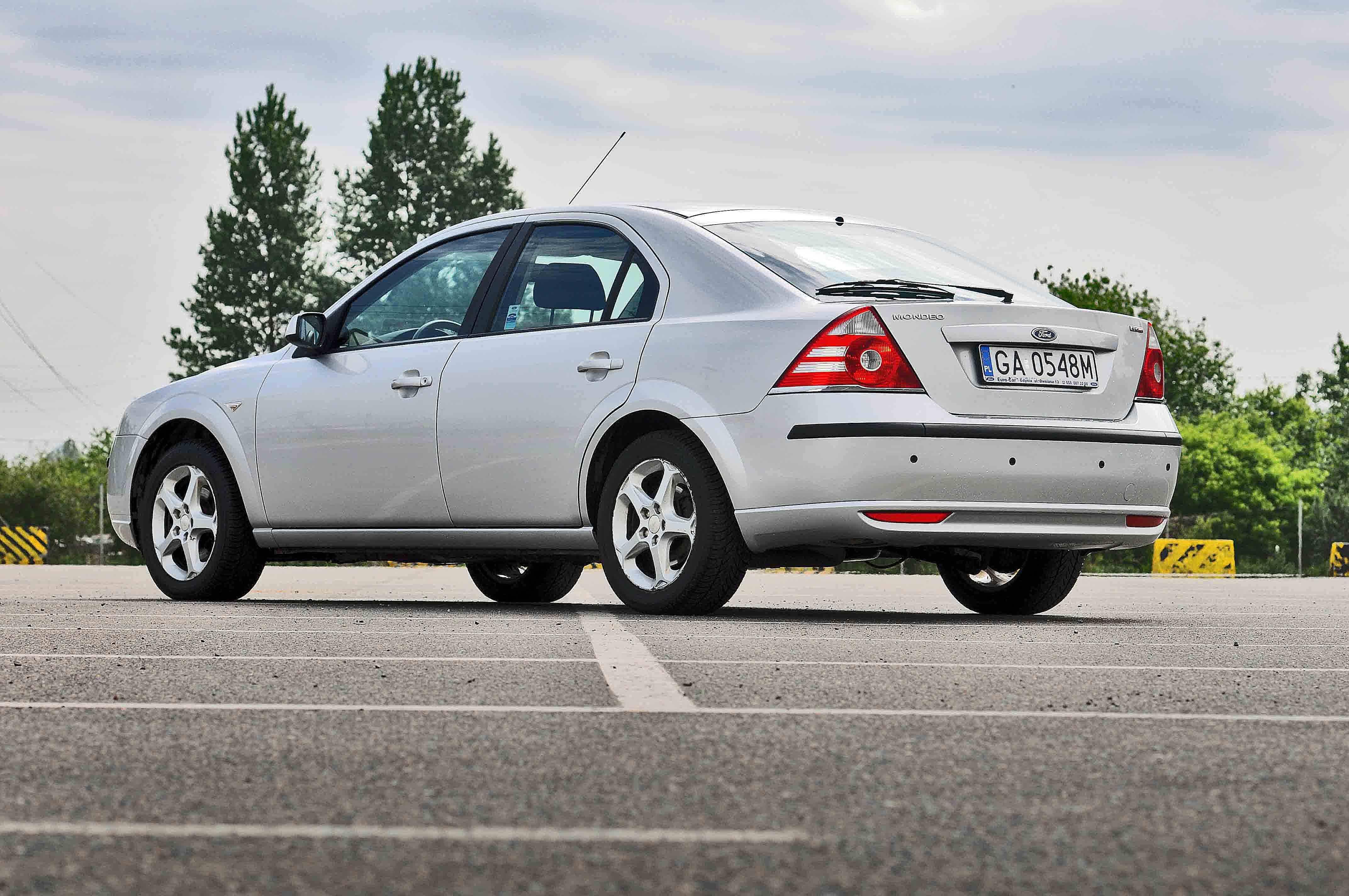 Free Picture Vehicle Asphalt Drive Modern Car Sedan Auto