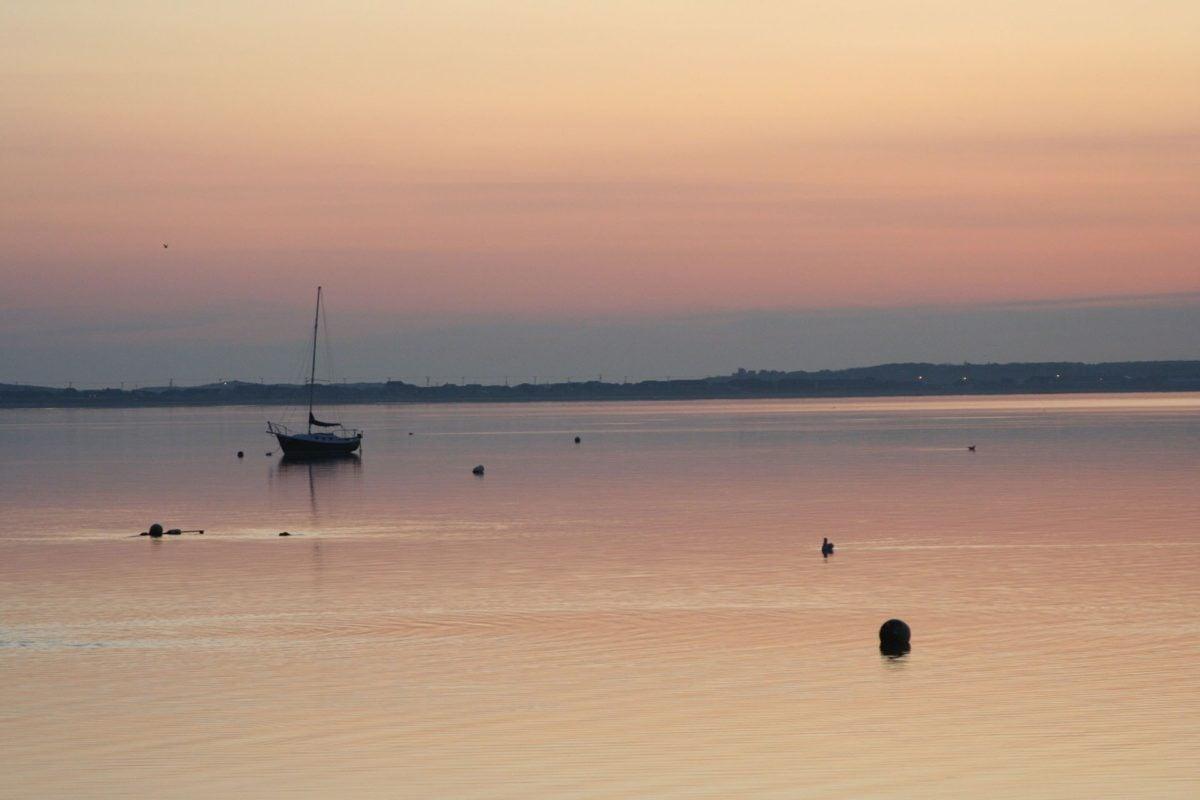 dawn, sunset, water, beach, silhouette, seaside, ocean, sea, sky, sun