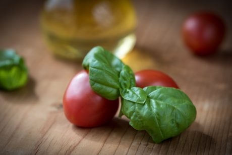 vegetable, leaf, food, herb, tomato, kitchen table, pepper, basil, salad