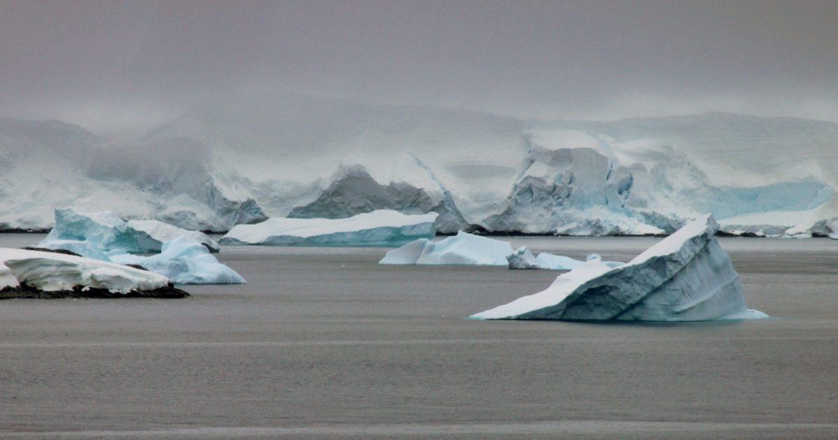 iceberg, snow, mountain, landscape, water, ice, frozen, glacier