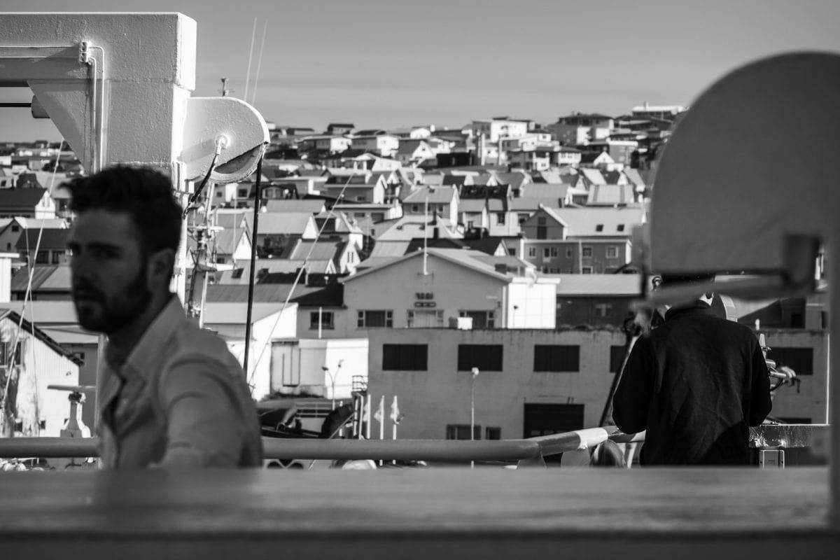 člověk, městský prostor, černobílý, loď, loď, osoba