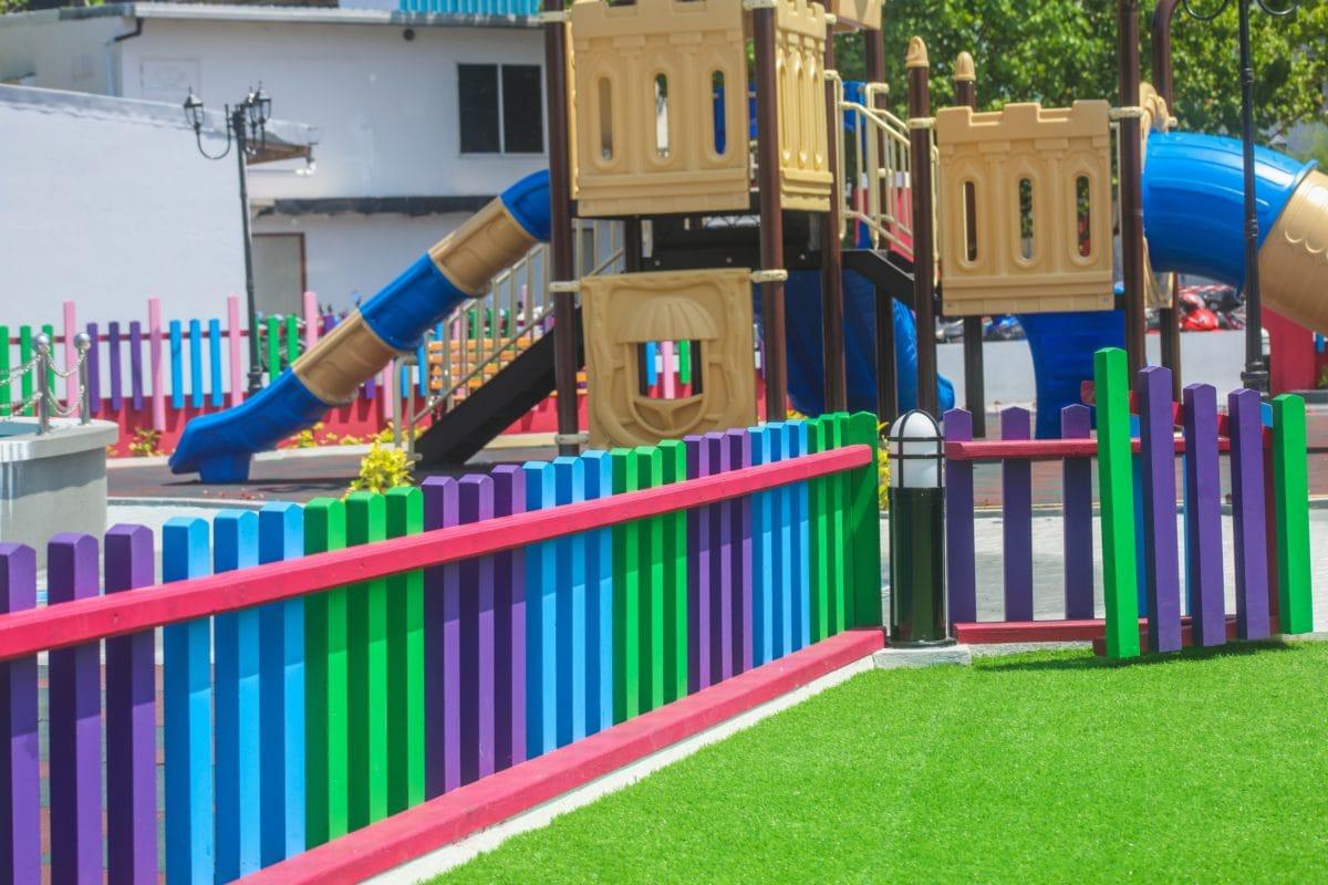 dětské hřiště, barevné, objekt, materiál, plastový hrad, tráva, venkovní
