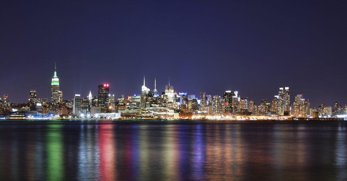 arhitektura, noć, Metropolis, Twilight, Downtown, Cityscape, voda, grad, sumrak, Rijeka
