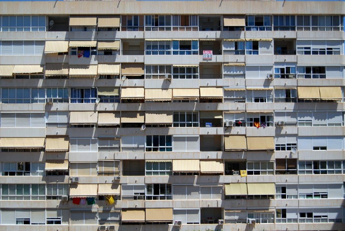 Kostenlose bild architektur wohnung fassade bau for Moderne architektur gebaude