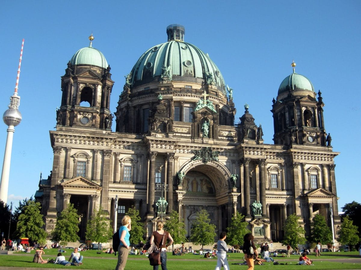 city, dome, church, religion, sky, people, lawn, architecture, cathedral
