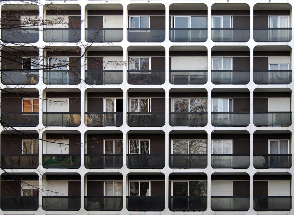 Kostenlose bild moderne architektur balkon geb ude for Moderne architektur gebaude